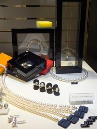 wystawa biżuterii