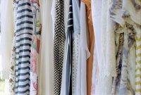 ogromny wybór odzieży w sklepach internetowych